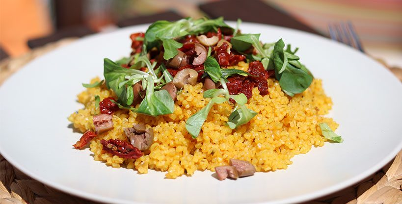 Bulgur with sun dried tomatoes, olives and greens | Tofobo Family
