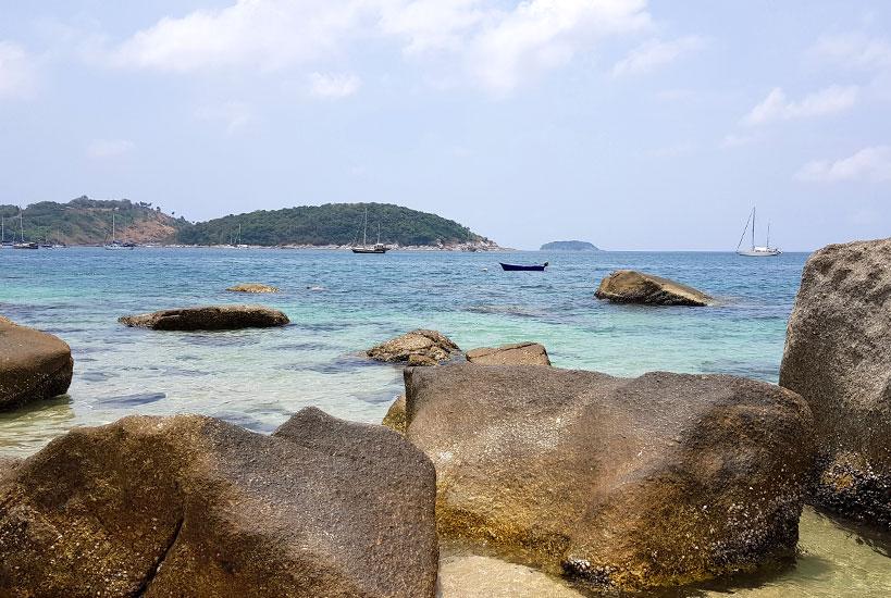 Ao Sane Beach - A Cute Little Paradise In the South Phuket | Tofobo Family