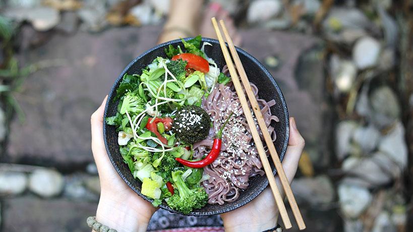 Red Rice Noodles with Basil Pesto (Vegan, Gluten-Free) | Tofobo Family